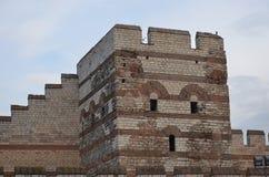 Unfähig, der Eroberung von Istanbul-Byzantinerwänden zu widerstehen Stockbild