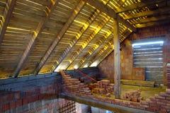 Unfertiger Dachboden Lizenzfreies Stockfoto