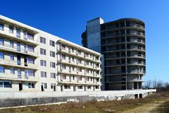 The unfinished residential building construction in Pasilaiciai. VILNIUS, LITHUANIA - MARCH 17: The unfinished residential building construction in Pasilaiciai Royalty Free Stock Photos