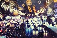 unfocused stads- bakgrund med ljus Royaltyfri Fotografi