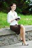 Ung affär-kvinna royaltyfria bilder