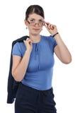 Ung affärskvinna med exponeringsglas och en klå upp Arkivfoton