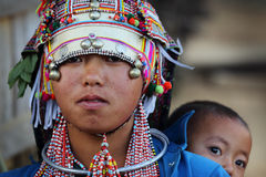 Ung Akha kvinna, Phongsaly, Laos Royaltyfri Fotografi
