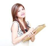 Ung asiatisk dagbok eller studera för kvinnawriting arkivbilder