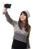 Ung attraktiv kvinna som tar selfie Arkivbilder