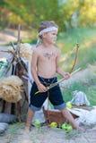 Ung bågskytt royaltyfri bild