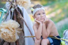 Ung bågskytt royaltyfri fotografi