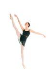 Ung balettdansör som dansing på vit bakgrund Royaltyfri Foto