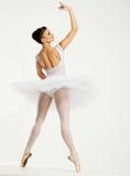 Ung ballerinadansare Arkivbild