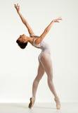 Ung ballerinadansare Arkivbilder