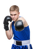 Ung boxareidrottsman i blå sportdräkt Royaltyfri Fotografi