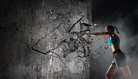 Ung boxarekvinna Blandat massmedia Royaltyfri Fotografi