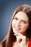 Ung brunettkvinna arkivbild