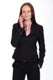 ung dam som talar på mobiltelefonen royaltyfri foto