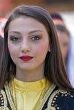 Ung flicka från Turkiet i traditionell dräkt 3 Arkivfoton