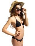 Ung flicka i bikini royaltyfri bild