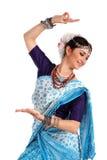 Ung flicka i den indiska nationella dräkten Royaltyfri Bild