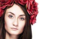 Ung flicka i den ukrainska nationella dräkten Royaltyfria Foton