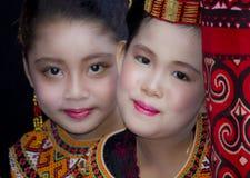 Ung flicka på Toraja begravnings- ceremoni Arkivfoton