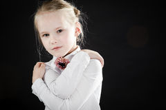 Stående av ung flicka royaltyfria bilder