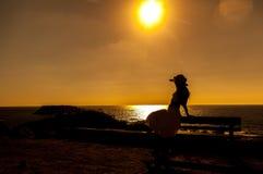 Ung flicka tycker om friheten Fotografering för Bildbyråer