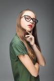 Ung gullig glasögonprydd flicka Royaltyfria Bilder