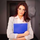 Ung härlig affärskvinna Arkivfoton