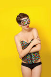 Ung härlig flicka i kläderläderpunkrock Fotografering för Bildbyråer