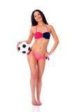 Ung härlig hejaklacksledare med fotbollbollen Full längdbeauti arkivfoton