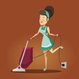 Ung härlig hemmafru Cleaning huset med dammsugare rengörande service Arkivfoton