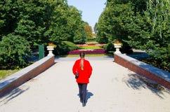 Ung kvinna i Zamosc, Polen Royaltyfria Bilder