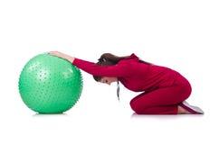 Ung kvinna med bollen Royaltyfri Bild