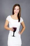 Ung kvinna med drinken arkivfoto