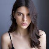 Ung kvinna med ren ny hud Royaltyfri Bild