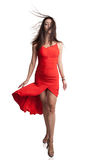 Ung kvinna på catwalk arkivfoton