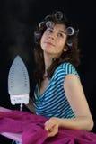 Ung hemmafru fotografering för bildbyråer