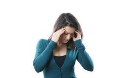 Kvinna med huvudvärk royaltyfri foto