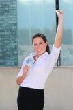 Ung lyckad kvinna med eurosedlar i gatan Royaltyfria Foton