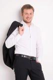 Ung man för mode i den vita skjortan Fotografering för Bildbyråer