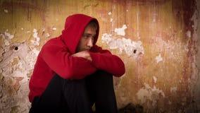 Ung mans förtvivlan 7 lager videofilmer