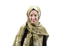 Ung muslimkvinna med halsduken fotografering för bildbyråer