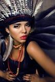 Ung nätt kvinna med smink som röd indier royaltyfria foton