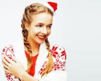 Ung nätt lycklig le blond kvinna på jul i beträffande santas Royaltyfri Bild