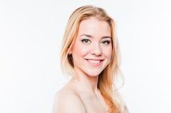Ung och härlig kvinna royaltyfri foto