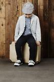 Ung pojke som är klar för semester Royaltyfria Bilder