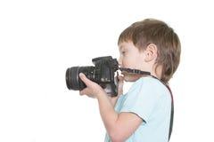 Ung pojke som tar bilden Arkivbilder