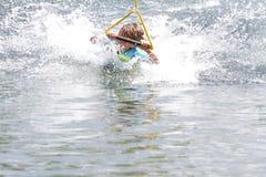 Ung pojke som wakeboarding Fotografering för Bildbyråer