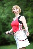 Ung utomhus- sportkvinna royaltyfria foton
