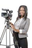 Unga afrikansk amerikankvinnor med den yrkesmässiga videokameran och Royaltyfria Bilder