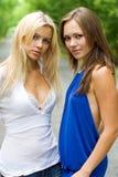 unga attraktiva kvinnor Royaltyfria Bilder